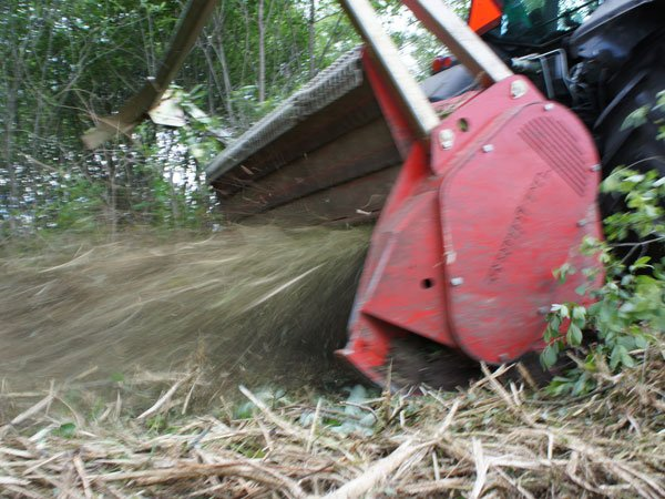 img-files-10-forestry-mulchers-midiforst-dt-2-700