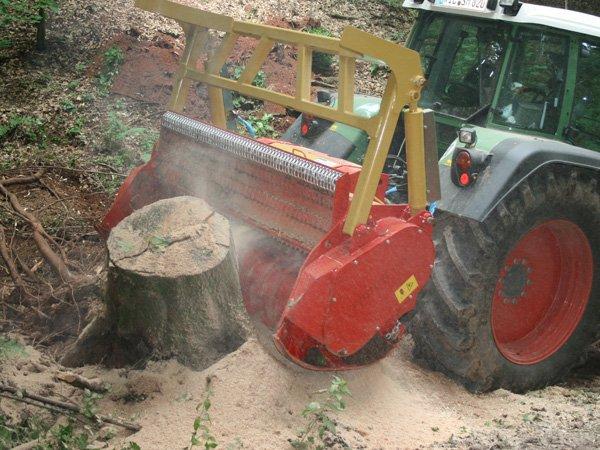 img-files-10-forestry-mulchers-starforst-2-700