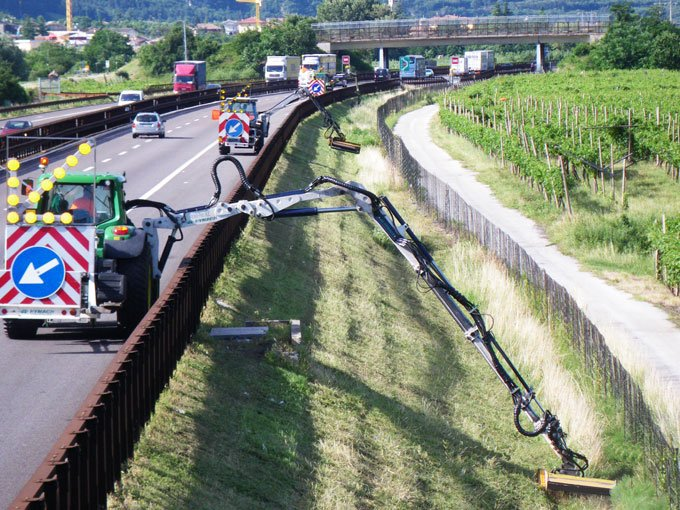 img-files-13-mulchers-for-excavator-h-sml-1-700